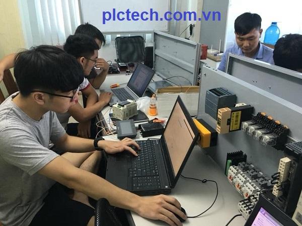 trung tâm đào tạo plc tại hcm