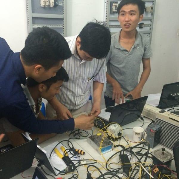 Đào tạo thiết kế tủ điện tại PLCTECH
